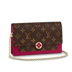 LIKE NEW Louis Vuitton Flore Chain Wallet